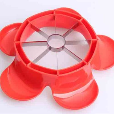 Manual-plastic-apple-cutter-4
